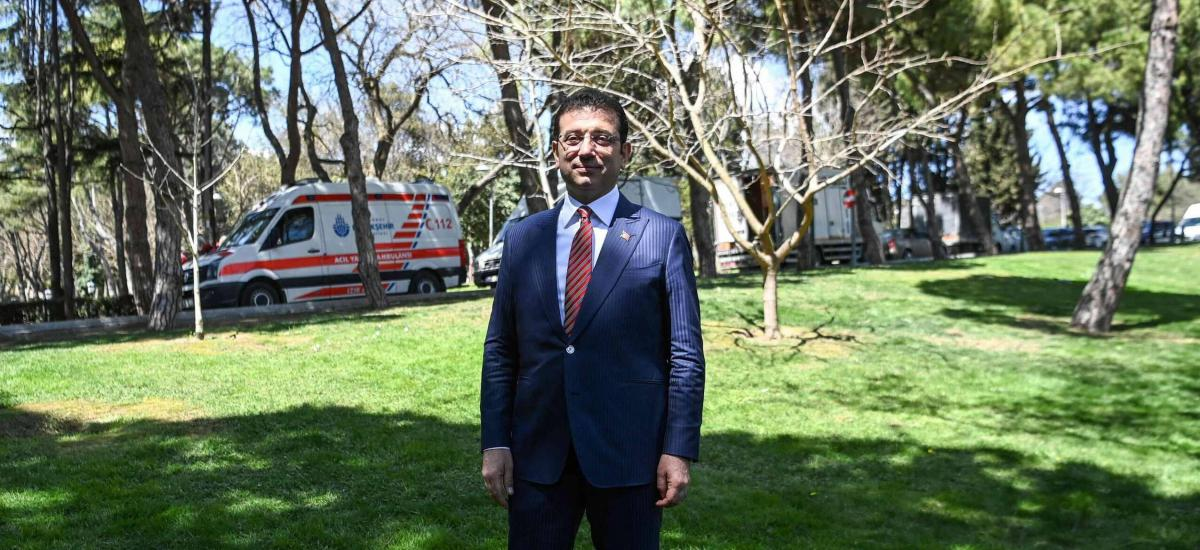 Ekrem Imamoglu, mayor of Istanbul metropolitan municipality poses on April 20,2021 after a a press conference in Istanbul. (Photo by Ozan KOSE / AFP)